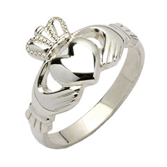 Ladies Traditional White Gold Claddagh Ring