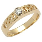 Celtic Solitaire Yellow Gold Ring with Brilliant Cut Diamond
