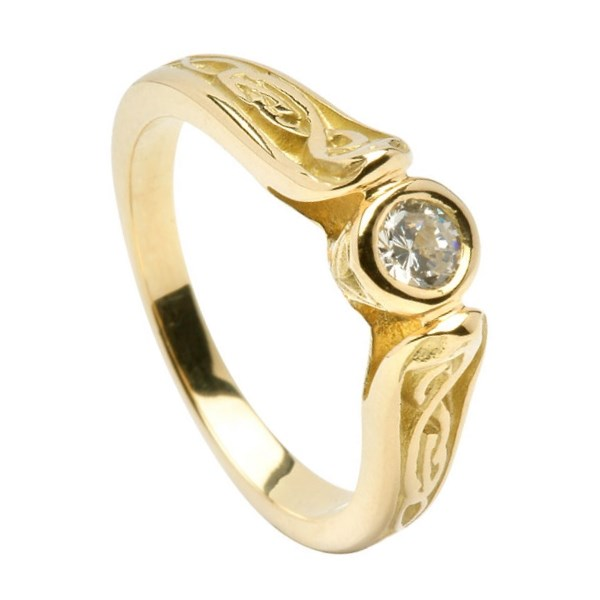 Diamond Le Cheile Yellow Gold Engagement Ring
