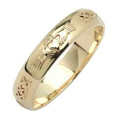Claddagh & Celtic Knot Yellow Gold Wedding Band