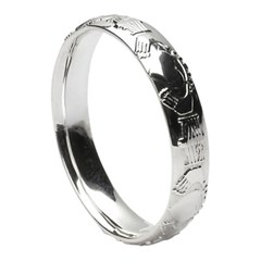 Claddagh Court Shape White Gold Wedding Ring