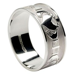 Gents Claddagh White Gold Wide Wedding Band