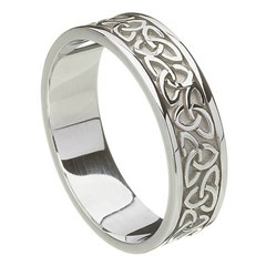 Solid Trinity Knot White Gold Band