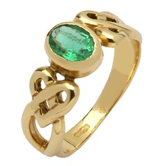 Celtic Heart Knot Emerald Set Yellow Gold Ring