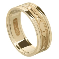 Claddagh Yellow Gold Wedding Band with Trim