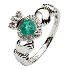 White Gold Claddagh Ring Set With Emerald and Diamond
