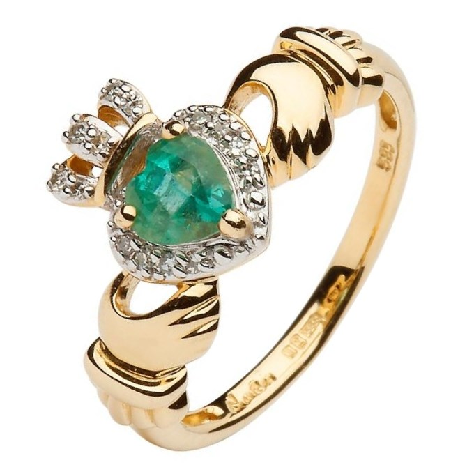 Yellow Gold Claddagh Ring Set With Emerald and Diamond