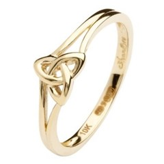Trinity Knot Yellow Gold Ring