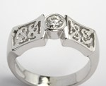 Celtic Solitaire Ring with Brilliant Cut Diamond