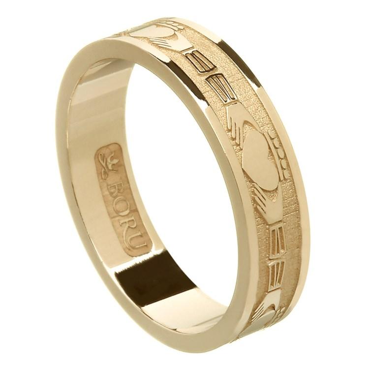 claddagh yellow gold wedding band claddagh wedding rings