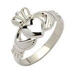 Ladies Traditional Silver Claddagh Ring